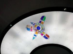 Organischer Kristall im Sauriersaal 2014