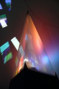 Light Painting Pyramiden standen auf der Empore Sie tragen das innere Licht nach außen